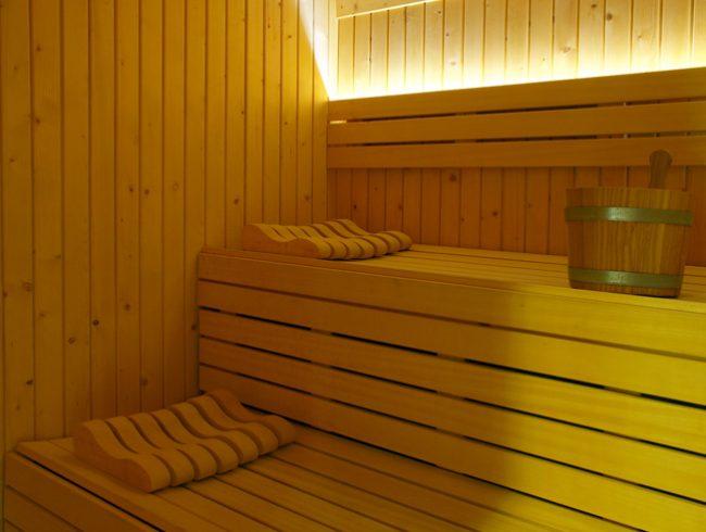 sauna-piscina-hotel-encamp-andorra